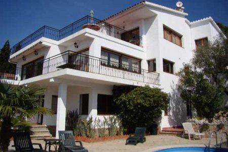 Если купить недвижимость в испании какие