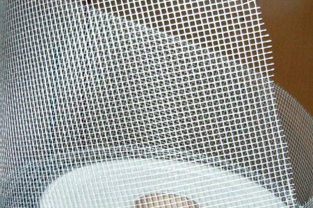 Металлическая сетка, характеристики и сферы ее применения
