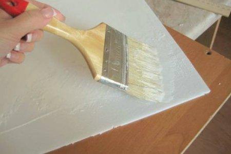 Подбираем клей для потолочной плитки
