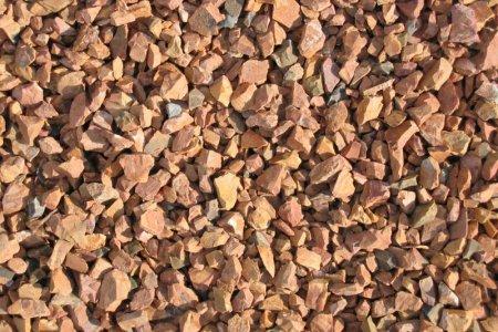 Использование каменной крошки в строительстве: преимущества и недостатки