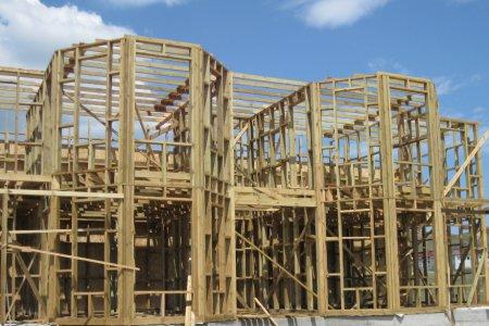 Основные преимущества каркасного строительства