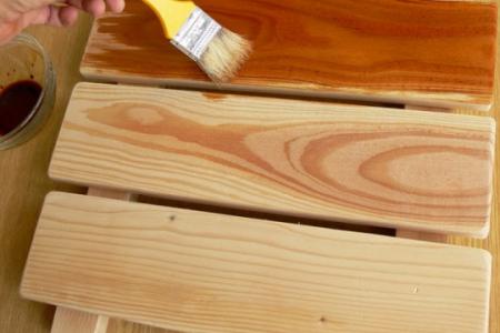 Использование пропиток для защиты древесины