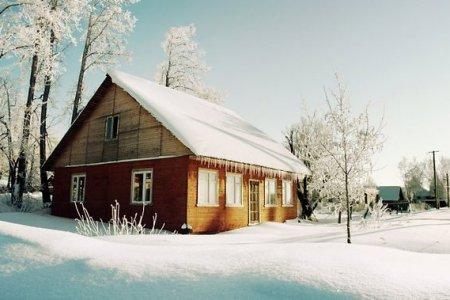 Почему дачу лучше всего покупать зимой?