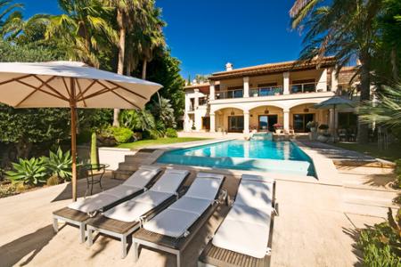 В прошлом году стоимость элитной недвижимости на Ибице выросла на 10%