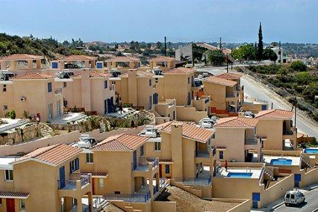 За год на Кипре снизилось количество выданных разрешений на строительство
